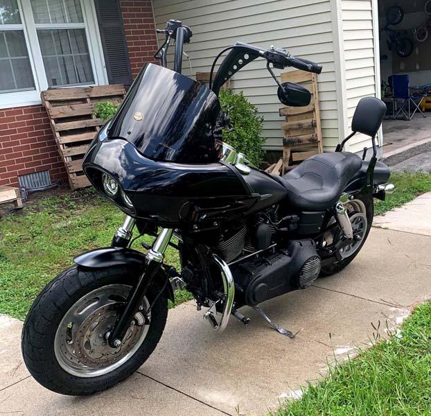 Harley Dyna with dual headlight fairing