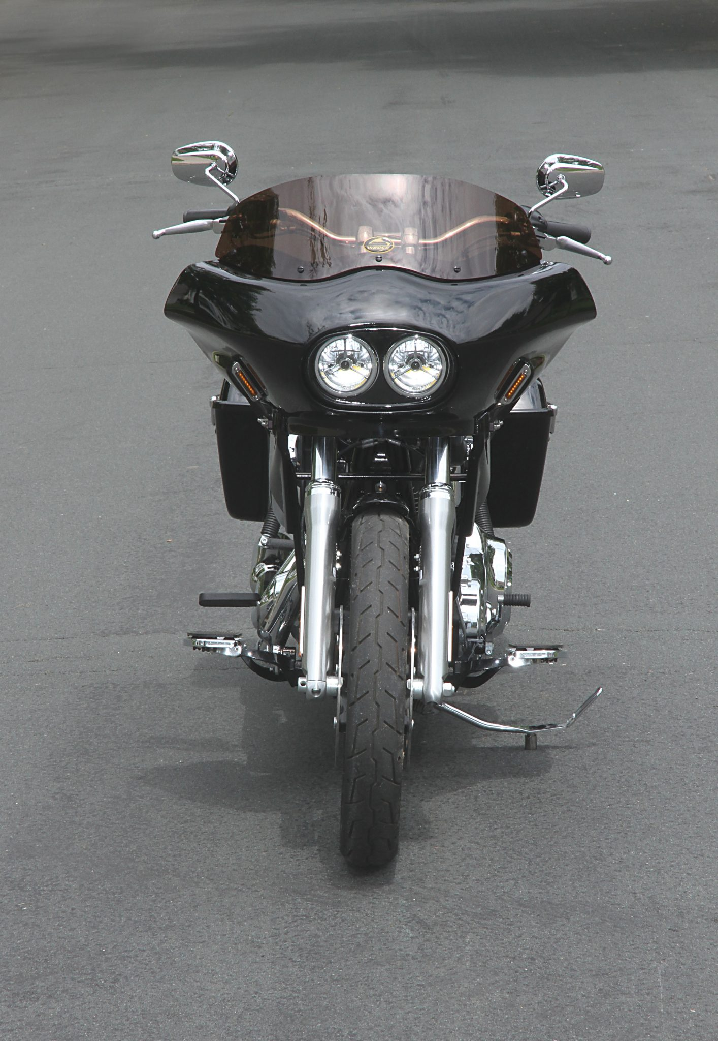 Dyna with dual headlight touring fairing