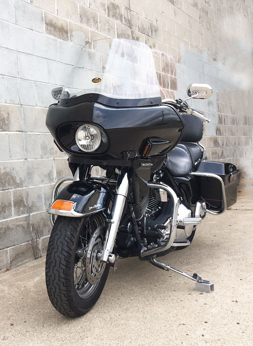 "road king with fairing and 16"" windshield"