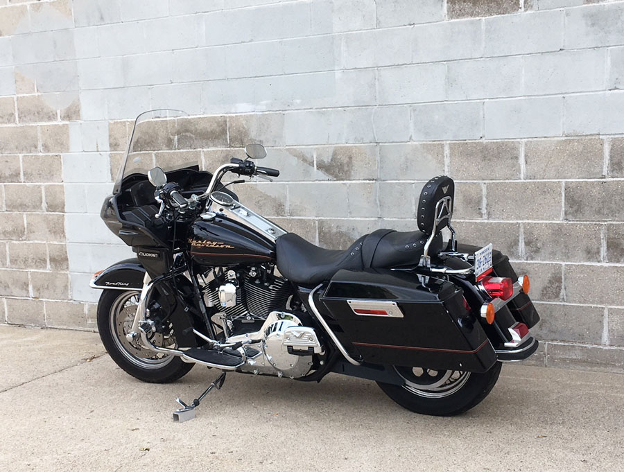 roadking with frame mounted fairing