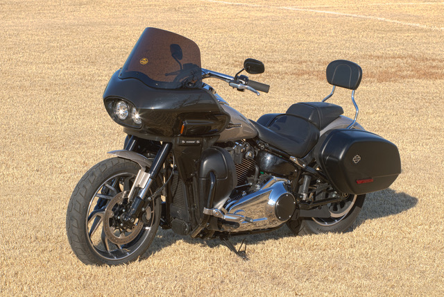 Harley Softail Sport Glide with fairing